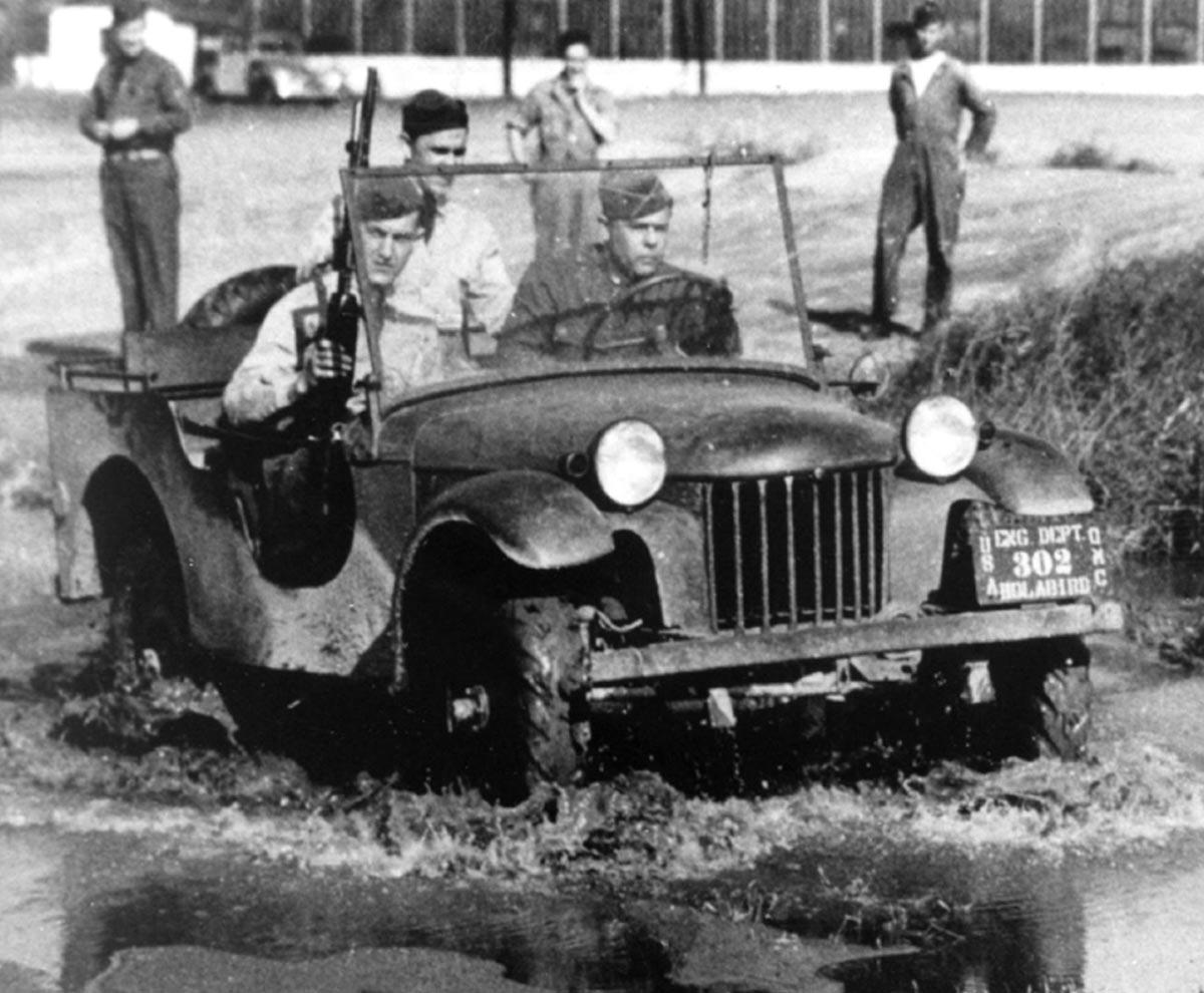 El Blitz Buggy de Bantam en las pruebas de Camp Holabird en 1940