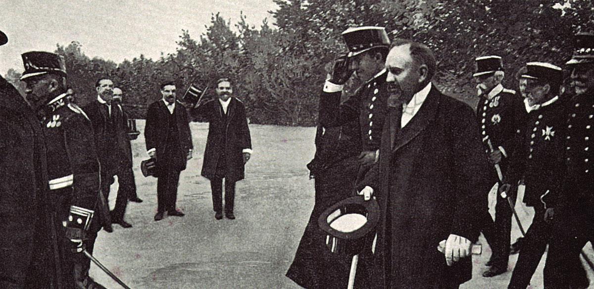 Visita del rey Alfonso XIII a Codorniu, acompañado de Manuel Raventós (1904)
