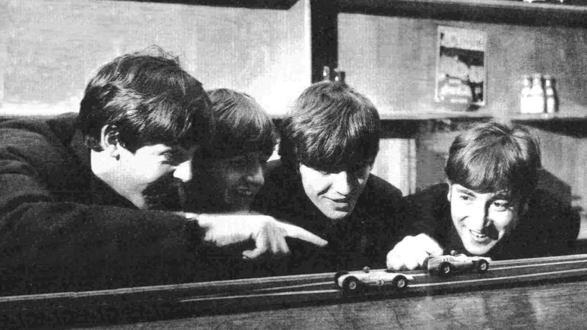 Entre los prescriptores de la marca Scalextric estaban los Beatles