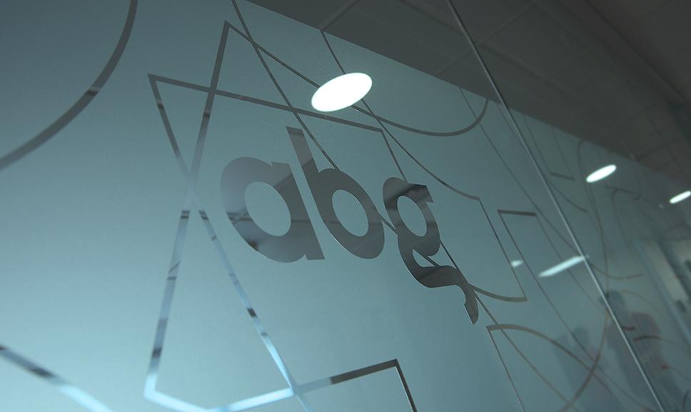 Abg03
