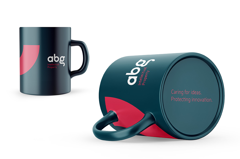 BrandStocker-agencia-madrid-ABG-Intellectual-Property-IP-Patentes-Logo-taza