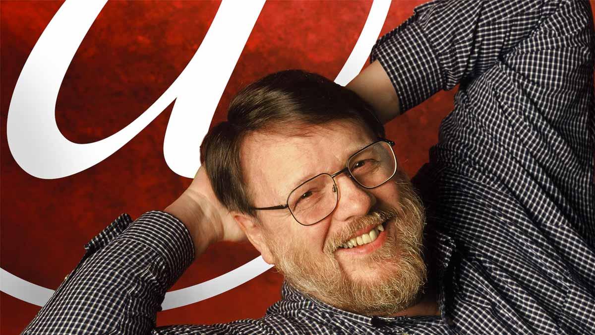 Ray Tomlinson, creador del correo electrónico