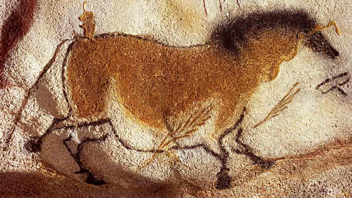 Pintura rupestre del panel de 'caballos chinos' en la cueva de Lascaux (Francia)