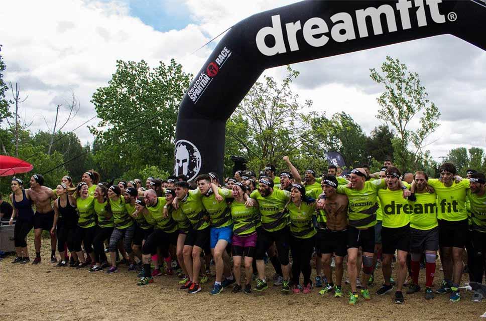 Proyectos-BrandStocker-gimnasio-dreamfit-spartan-race