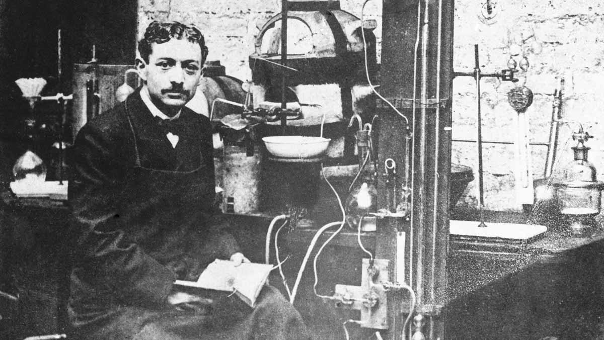 Eugène Schueller inventor del tinte rubio - L'oréal