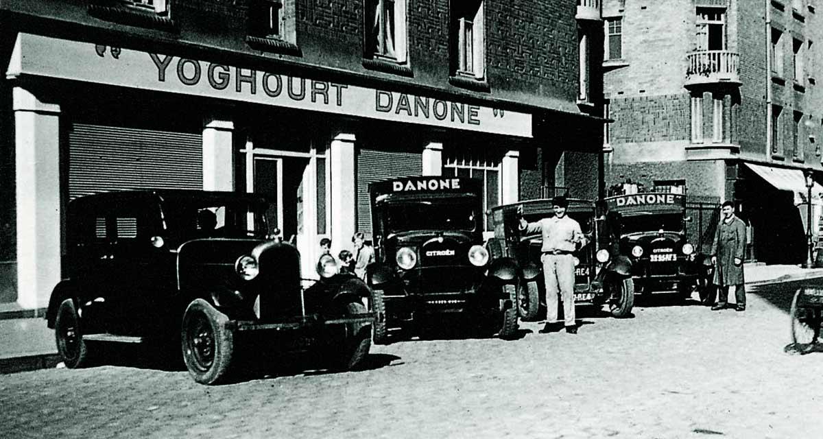 Primeros camiones de reparto de Danone